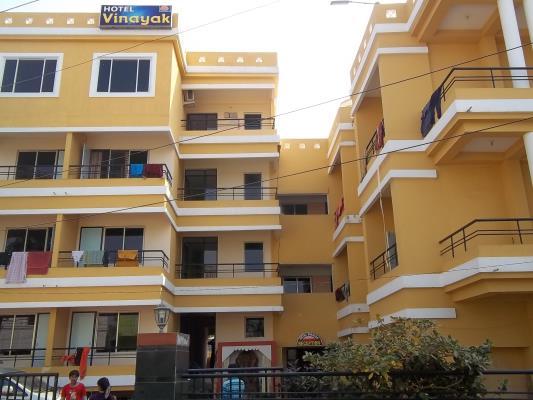 Vinayak Hotel - Raiganj Image