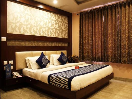 Rooms Review: NEW DELHI Reviews, Room Booking Rates, Address