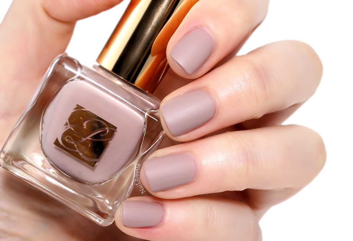 Estee Lauder Nail Makeup Photos Images And Wallpapers Mouthshutcom