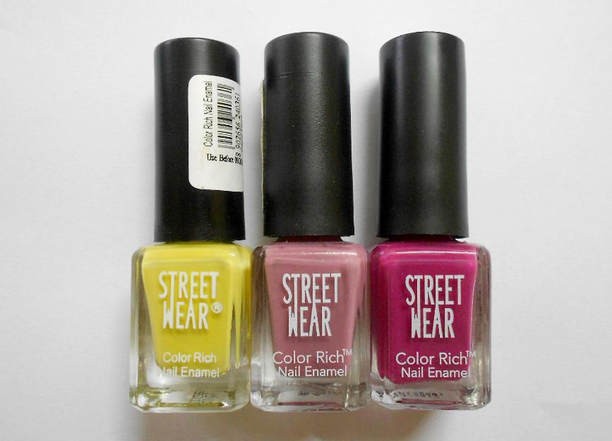 Street Wear Nail Makeup Image