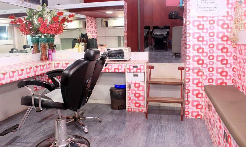Touch And Glow Beauty Salon - Santacruz West - Mumbai Image