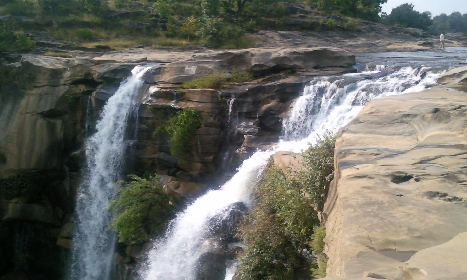 Amrit Dara Waterfall - Baikunthpur Image