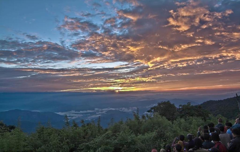 Tiger Hill - Darjeeling Image