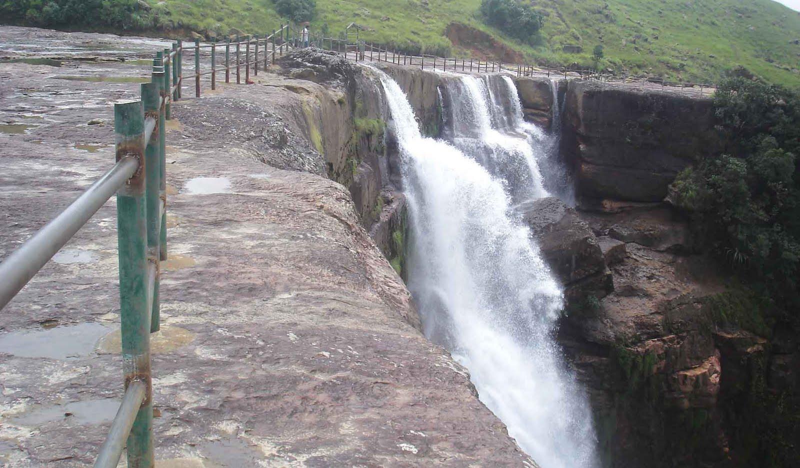 Dain Thlen Falls - Sohra Image