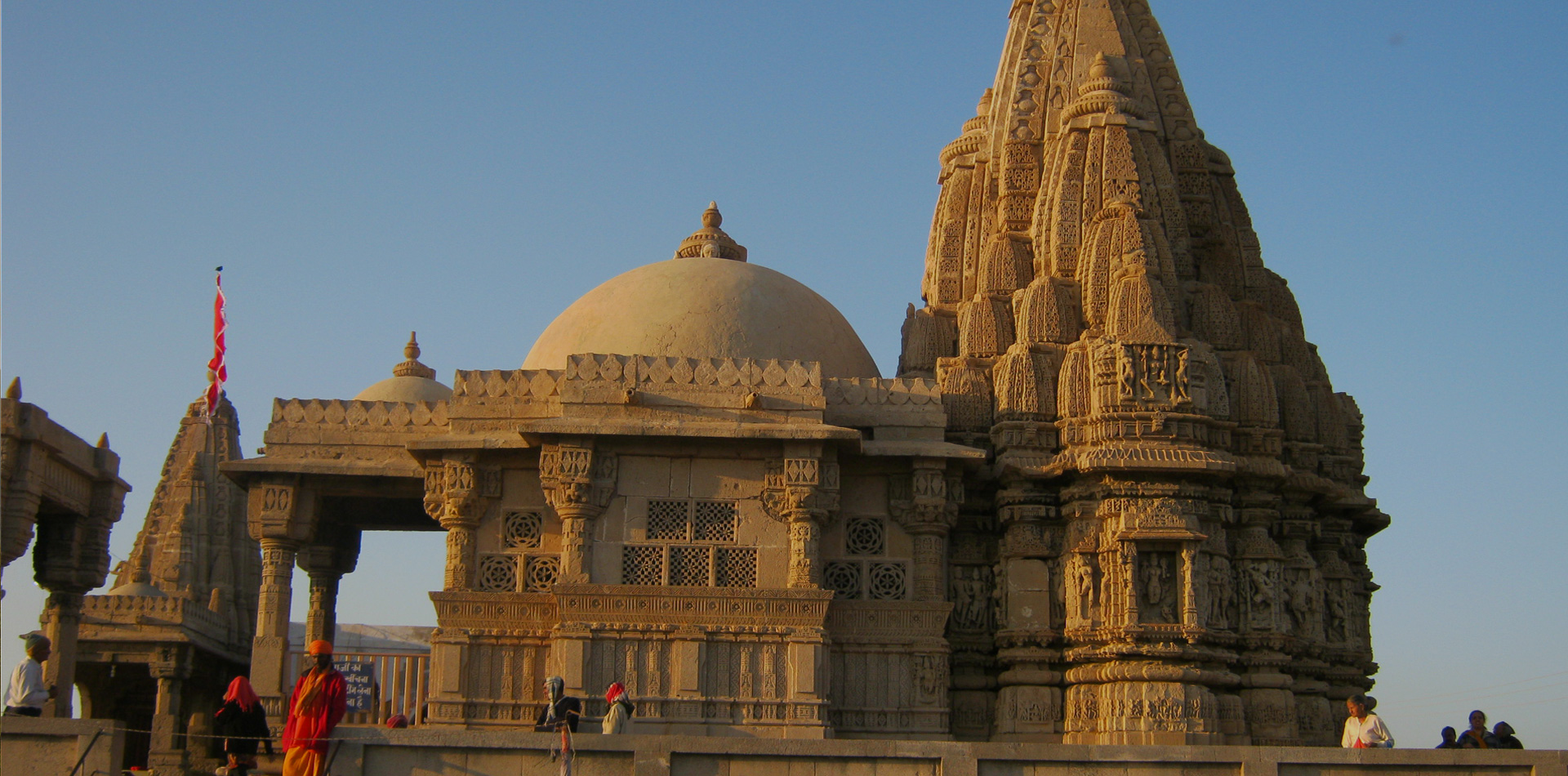 Dwarkadhish Temple Image