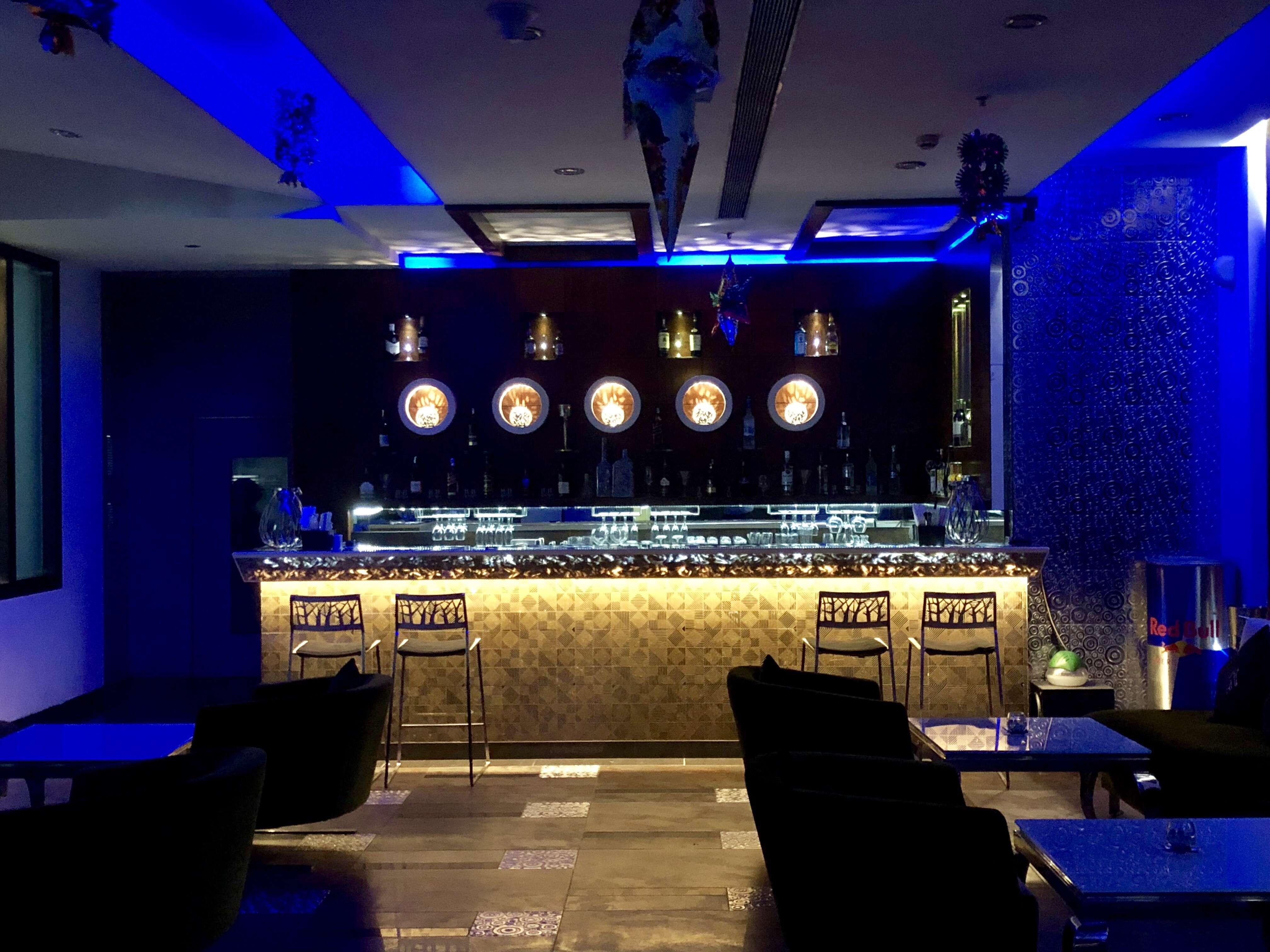 Hi-5 - The Lounge Bar - Jayadev Vihar - Bhubaneswar Image