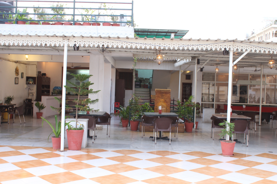 Natural View Rooftop Restaurant - Chandpole - Udaipur Image