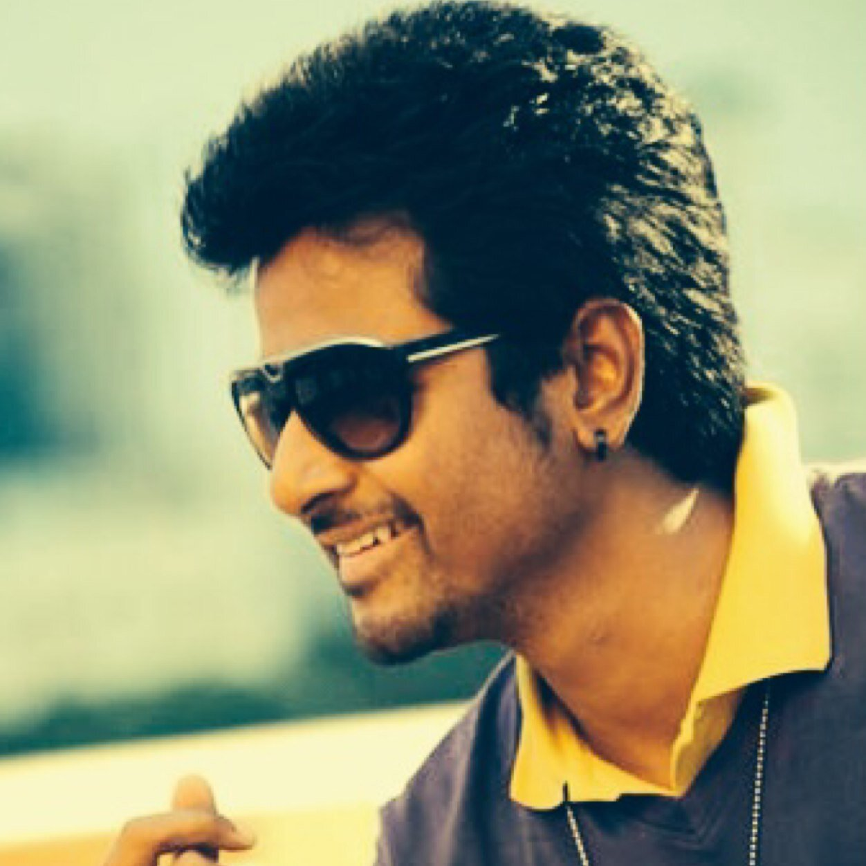 sivakarthikeyan photos images and wallpapers mouthshut com