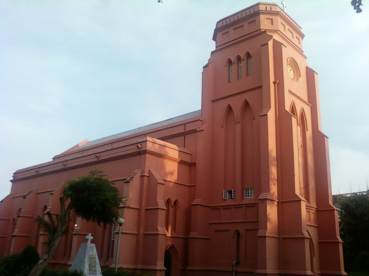 largest church in india