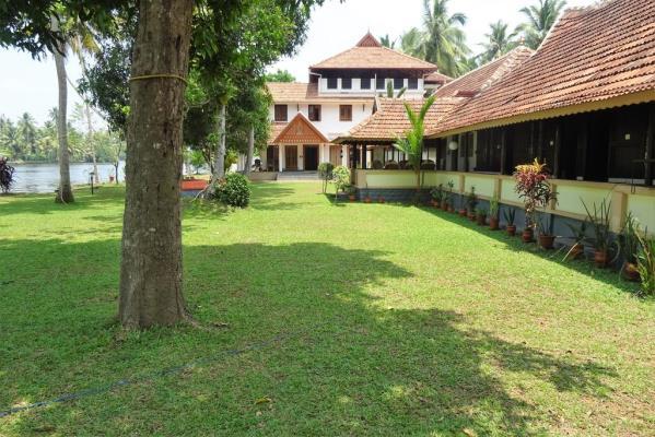 The Pamba Heritage Villa - Nedumudi Jetty - Alappuzha Image