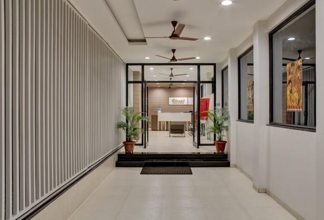 Hotel Girnar - Adalat Road - Aurangabad Image