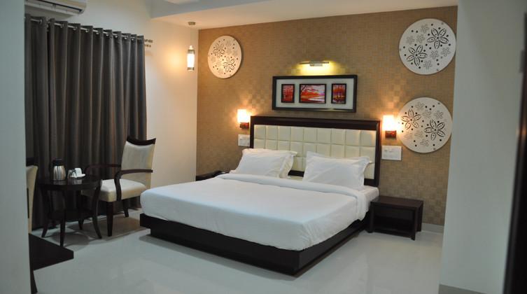 Hotel Lucky Star - Khadkeshwar - Aurangabad Image