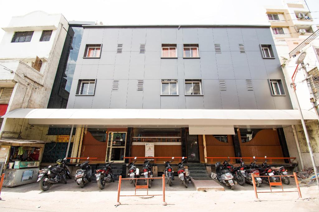 Punjab National Hotel - Shahgunj - Aurangabad Image