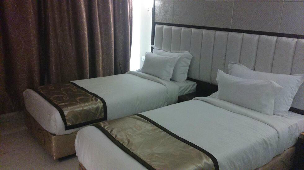Hotel Silver Inn - Surana Nagar - Aurangabad Image