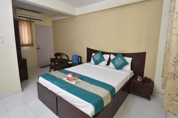 Shiv Plaza Hotel - Sector 45 A - Chandigarh Image