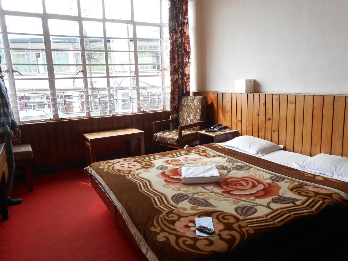 Hotel Polynia - Chowk Bazar - Darjeeling Image