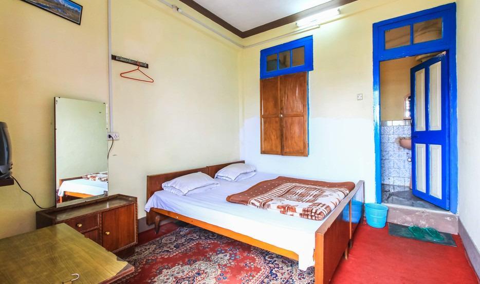 Hotel Society - Chowrasta - Darjeeling Image
