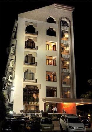 Hotel Balwas International - Tukoganj - Indore Image