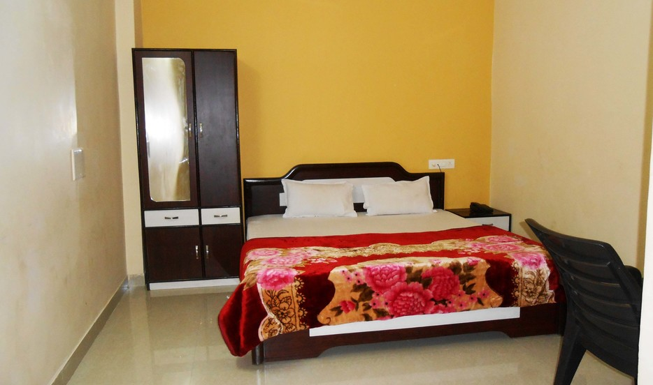 Bombay Guest House - Indore Image