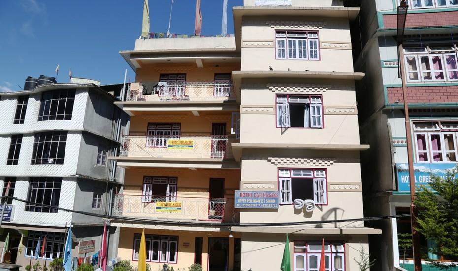 Daflha Gang Hotel - Upper PellIng - Gangtok Image