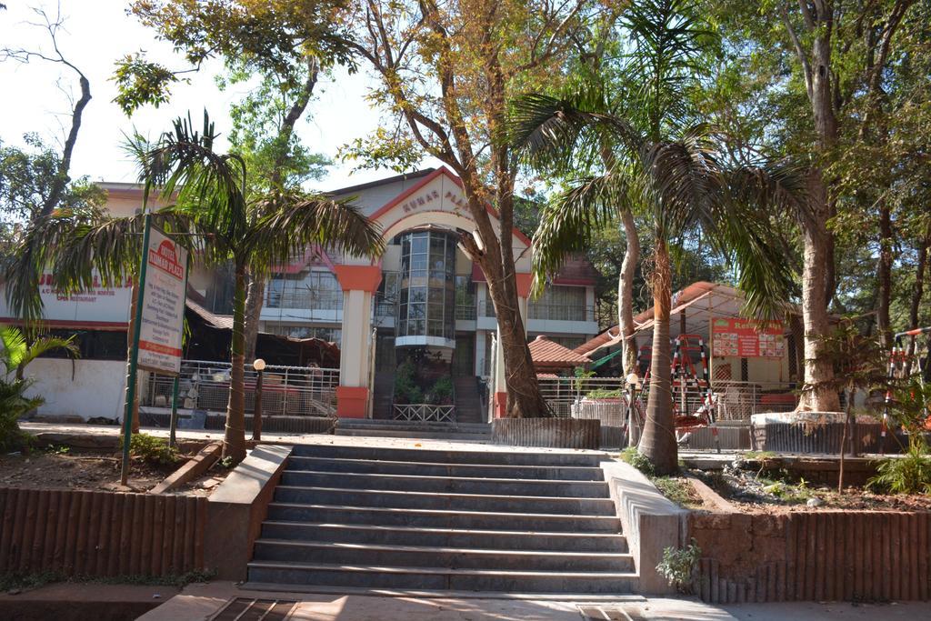 Hotel Kumar Plaza - Mahatma Gandhi Road - Matheran Image