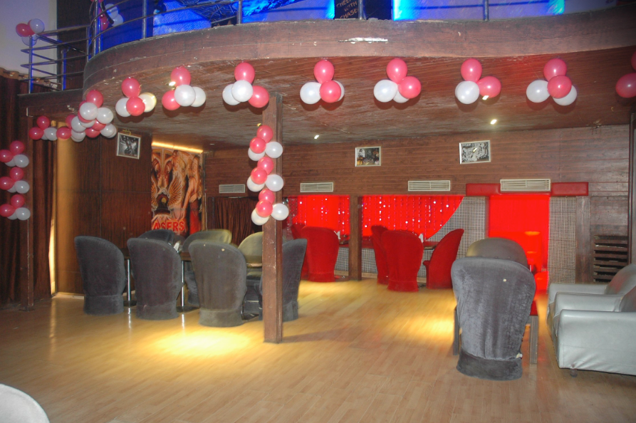 Chasers Pub & Restaurant - RNT Marg - Indore Image
