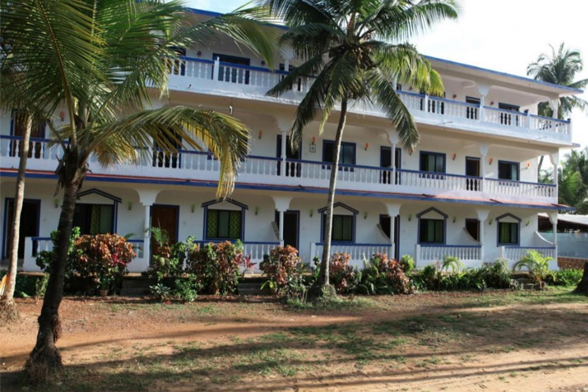 Hotel Laxmi Morjim Resort (Morjim, India, Goa): review, description, guest reviews and hotel reviews