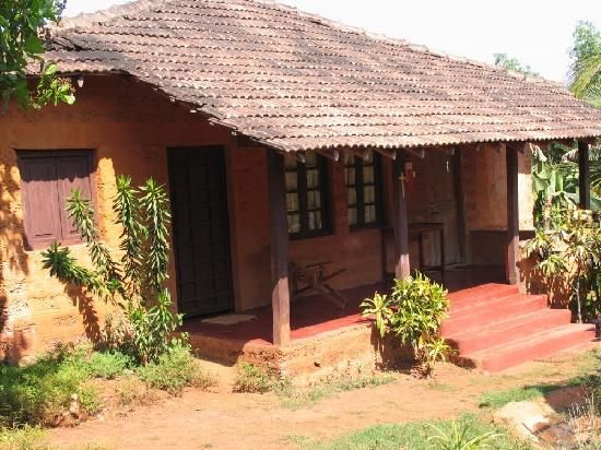 Godfrey 39 s indian retreat baga goa photos images and Farmhouse design plans india
