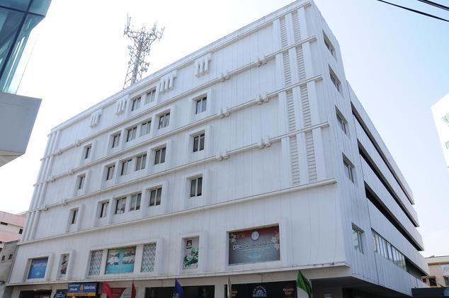 DR Utthama Hotel - Ramesh Reddy Nagar - Nellore Image