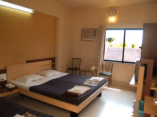 Hotel Rajmahal - Sharanpur Road - Nashik Image