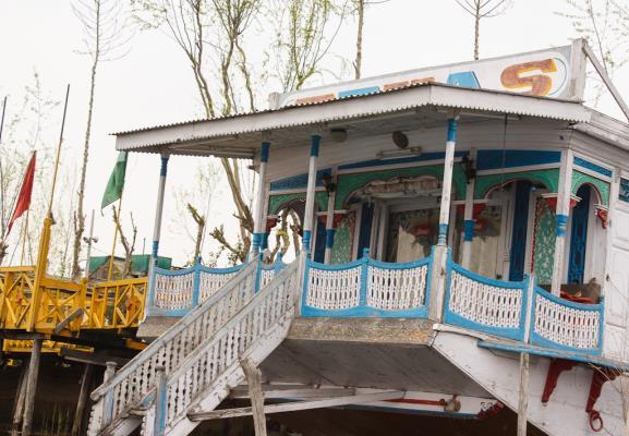 Texas Houseboats - Dal Lake - Srinagar Image
