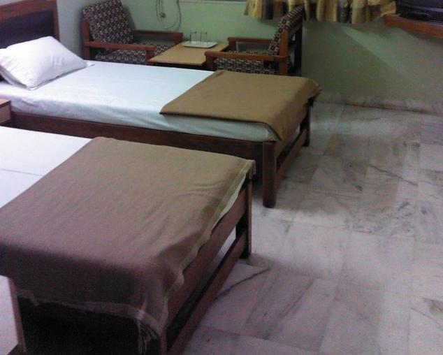 Hilltop Hotel - Jetalpur - Vadodara Image