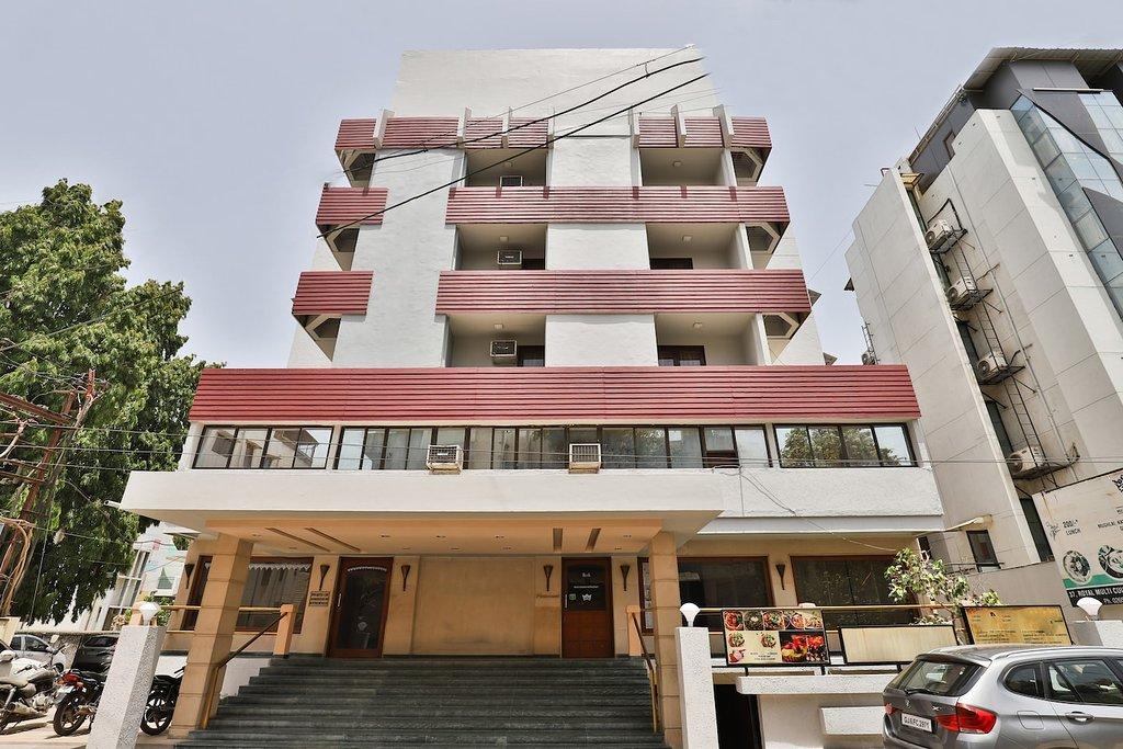 Hotel Royal - Alkapuri - Vadodara Image