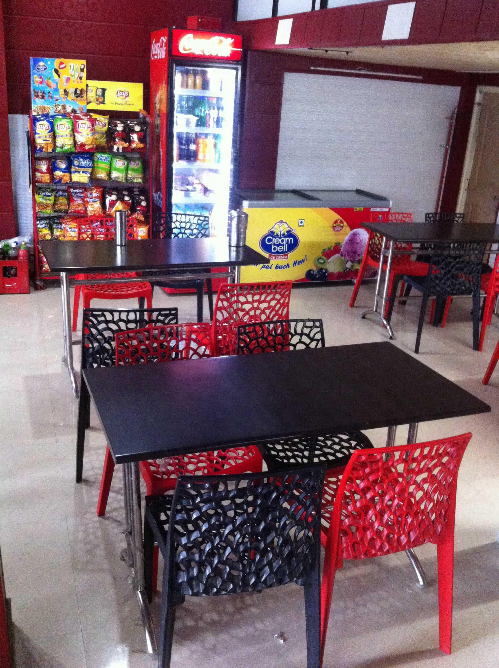 Friends Forever Restaurant - Vivekanand Nagar - Nagpur Image
