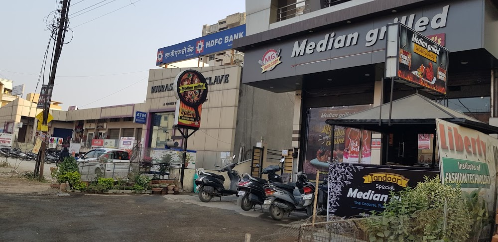 Median Grilled - Vivekanand Nagar - Nagpur Image