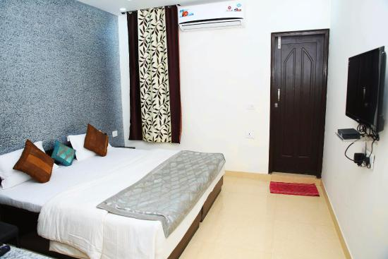 Maan Hotel and Restaurant - Daudpur - Alwar Image