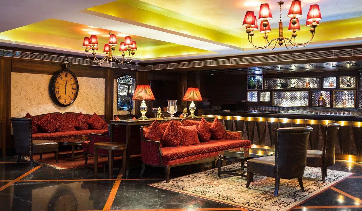 Yu Lounge & Bar The Landmark Hotel - Mall Road - Kanpur Image