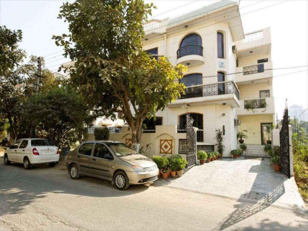 Silver Oak - Mehrauli Road - Delhi Image