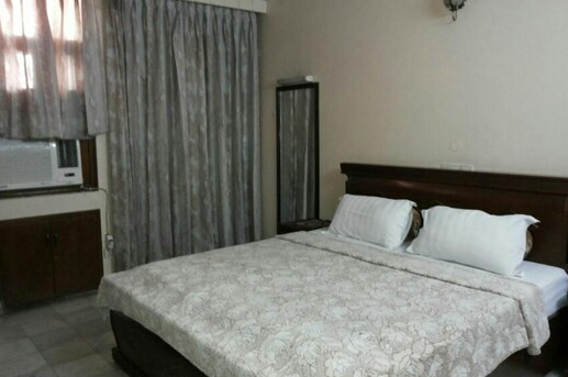 Preeneet B&B Stay Home - Vikaspuri - Delhi Image