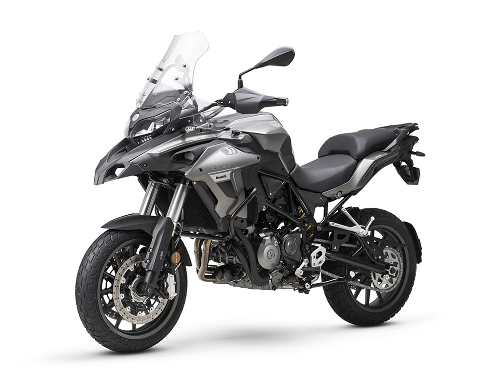 BENELLI TRK 502 Reviews, Price, Specifications, Mileage