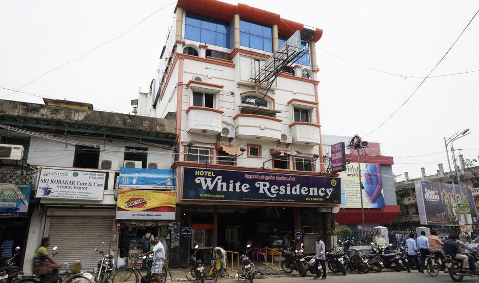 White Residency Hotel - Kamaraj Salai - Puducherry Image