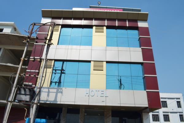 Hotel Veera Inn - Lucknow Image