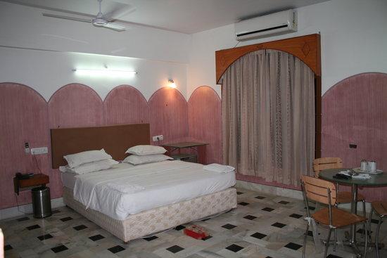 Hotel Ashoka Comforts - Court Road - Bellary Image