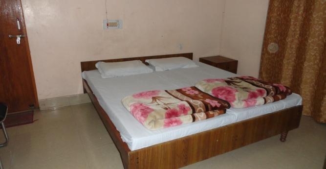 Kundan Guest House - Tagore Town - Allahabad Image