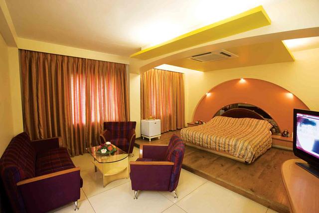Hotel Prince - Old Dhatia Falia - Bhuj Image