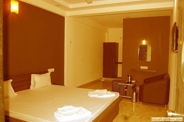 Hotel Royal Palace - Madhapar - Bhuj Image