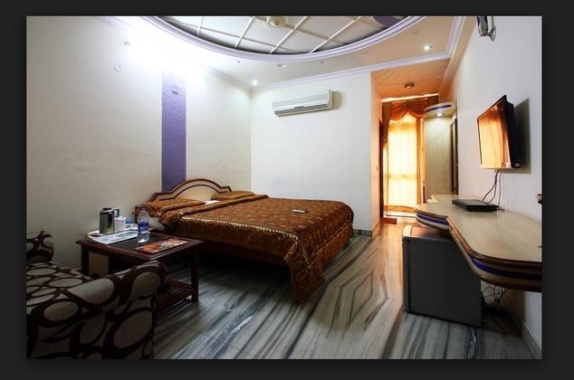 Hotel Tulsi Residency & Restaurant - Madhapar - Bhuj Image