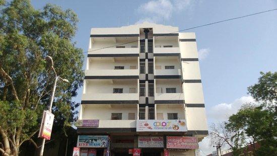 Sahara Palace Hotel - Ghanshyam Nagar - Bhuj Image