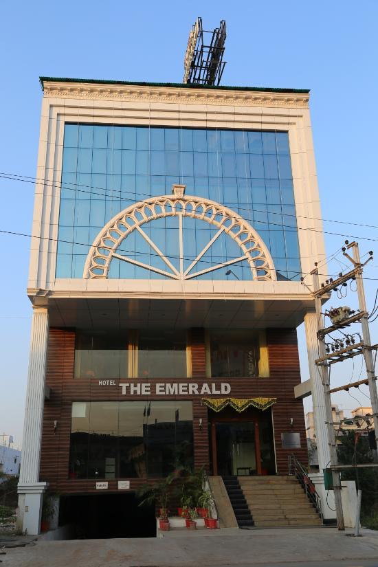Hotel The Emerald - Telipara - Bilaspur Image
