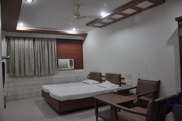 Hotel Mayur - Mul Road - Chandrapur Image